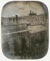 Vista al daguerrotipo, de Madrid, hacia el año 1854, desde la calle Espoz y Mina, hacia la iglesia del Carmen.tif
