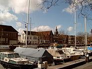 Vlaardingen plezierjachten in haven 2006-04-02 15.32