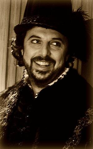 Vladimir Stoyanov - Vladimir Stoyanov with rittrato costume