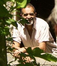 Vlado Šav na oknu svojega mlina ob Dragonji, 2004.jpg
