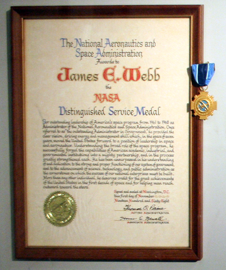 NASA Distinguished Service Medal - James Webb's award, 1 November 1968
