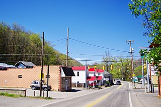 West Logan, West Virginia Town in West Virginia, United States