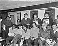 Willy Schobben bood spelers van Benfica plaat aan Willy Schobben met spelers va, Bestanddeelnr 915-0294.jpg