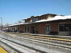 Wilmette station - Image: Wilmette Metra Station