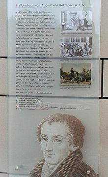 Informationstafel an Kotzebues Wohnhaus in Mannheim (Quelle: Wikimedia)