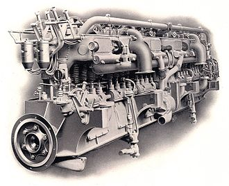 Multi-cylinder engine - A 1905 Wolseley straight-12 engine.