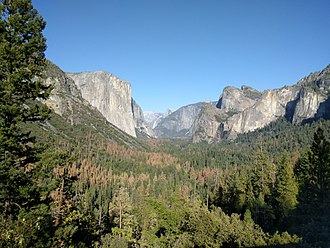 Bridalveil Fall - Bridalveil Fall at low flow as seen from Tunnel View on September 2016.
