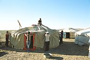 Yurt-construction-5