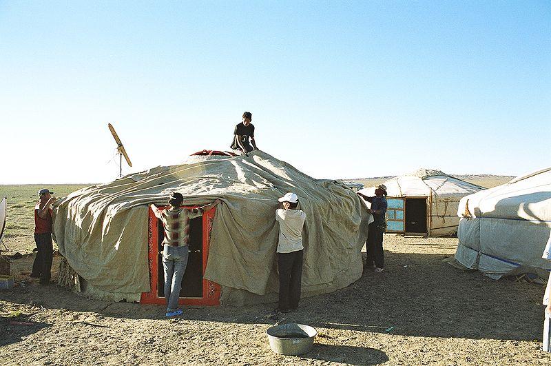 File:Yurt-construction-5.JPG