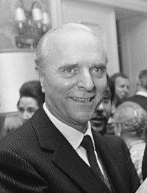 Ángel Sanz Briz 1969 (cropped).jpg