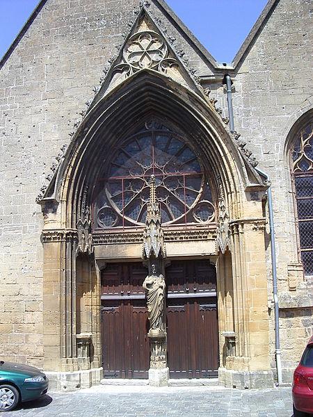 File:Église Sainte-Onésime de Donchery 4.JPG