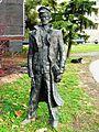 ŽSNS, statua železničara.JPG