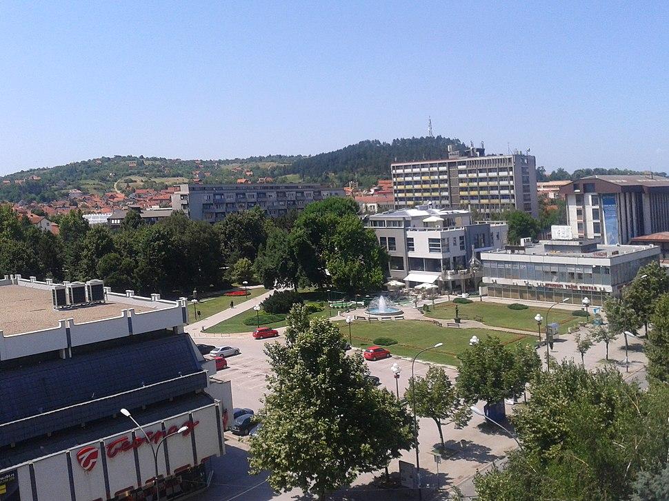 Лесковац - централни парк .jpeg