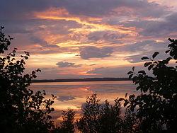 Озеро Рюмниково на закате.JPG