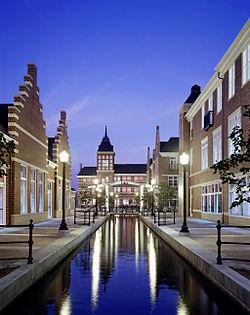 Molengracht Canal, Downtown Pella