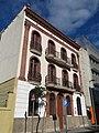 019 Casa dels mestres de l'escola Ventós Mir, c. Mossèn Anton 78-80 (Badalona).jpg