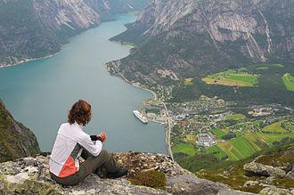Eidfjord - View overlooking the village of Eidfjord