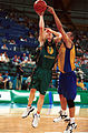 141100 - ID basketball Brett Wilson shoots 2 - 3b - 2000 Sydney match photo.jpg