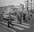17 oktober Veilig Verkeersdag . Voetgangersoversteekpad Amsterdam, Bestanddeelnr 908-0722.jpg