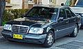 1994 Mercedes-Benz E 220 (W124) sedan (2012-06-24).jpg