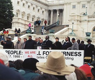 Impeachment of Bill Clinton - Opponents of Clinton's impeachment demonstrating outside the Capitol in December 1998
