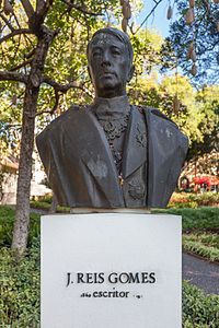 2000 Busto de J. Reis Gomes en Funchal. Madeira. Portugal-69.jpg