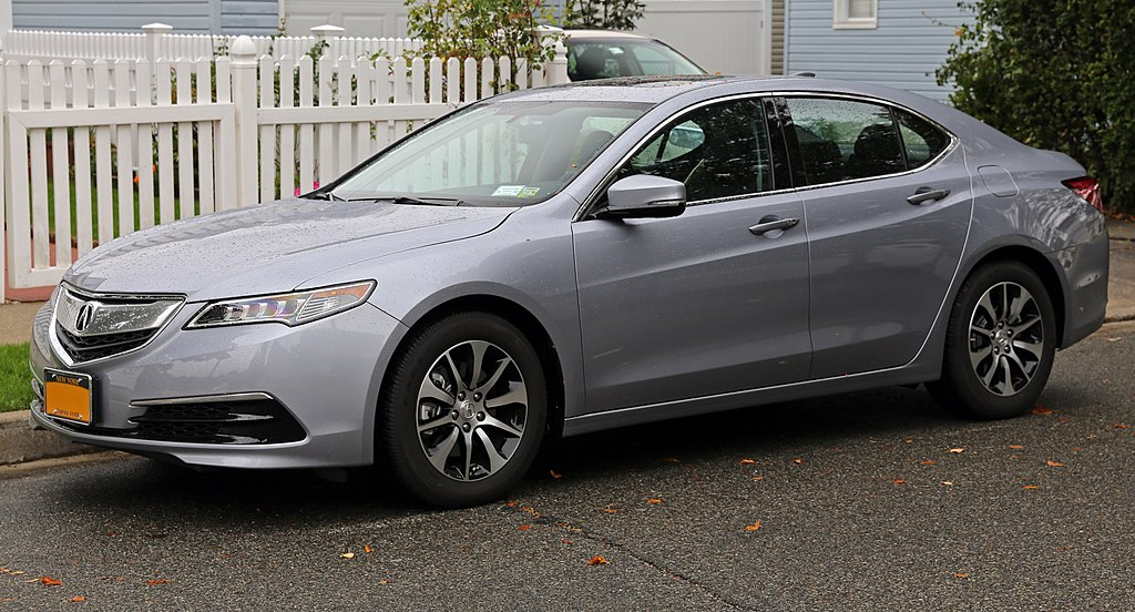 2015 Acura TLX (front left).jpg