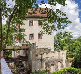 Gaillenreuth Castle - Image: 2015 Burg Gaillenreuth 03