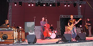 JD McPherson - JD McPherson and band in 2016