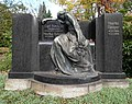 20171020140DR Dresden-Löbtau Neuer Annenfriedhof Grab Severin.jpg