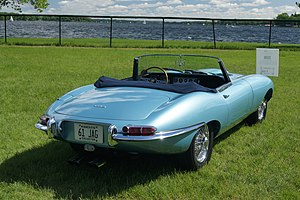 Jaguar E-Type - E-Type roadster (Series I)