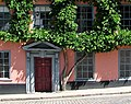 95 Pottergate - wonky door (geograph 5829565).jpg