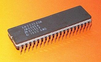 Intel 8085 - Image: AMD AM9085ADM 1