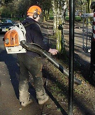 Leaf blower - Backpack leaf blower