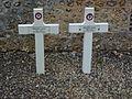 Aclou (Eure, Fr) tombes de guerre.JPG