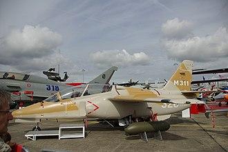 Aermacchi M-345 - The M-311 at the Paris Air Show in 2007
