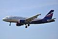 Airbus A319 (Aeroflot) 2013-04-17 b.jpg