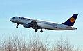 Airbus A320-214 (D-AIZD) 01.jpg