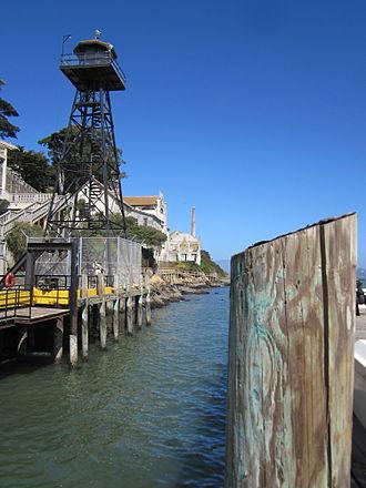 Alcatraz Wharf - Image: Alcatraz wharf