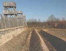 Ricostruzione delle fortificazioni poste in opera da Cesare durante l'assedio di Alesia
