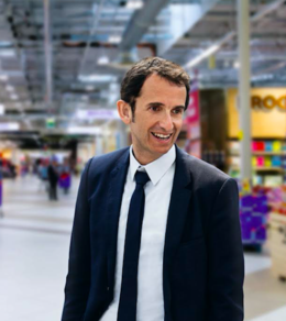 Alexandre Bompard, Carrefour CEO.png
