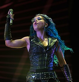 Alissa White-Gluz (Arch Enemy) - Elbriot 2018 14.jpg