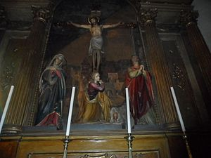 Montevideo Metropolitan Cathedral - Altar of Metropolitan Cathedral of Montevideo showing the crucifixion of Jesus Christ