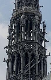 Amiens France Cathédrale-Notre-Dame-d-Amiens-13.jpg