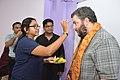 Ananya Mondal Greets Asaf Bartov - Wikidata Workshop - Kolkata 2017-09-16 2729.JPG