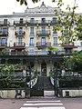 Ancien hôtel à Aix-les-Bains.jpg