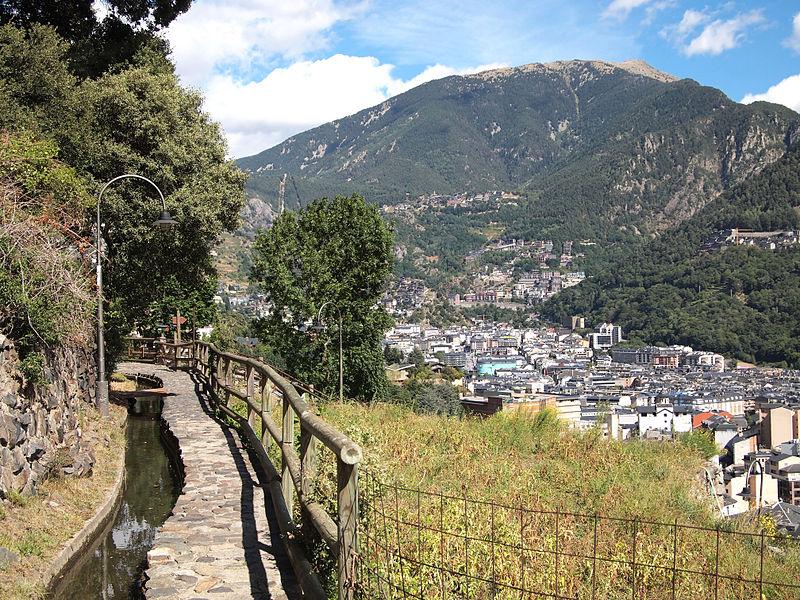 File:Andorra la Vella view.jpg