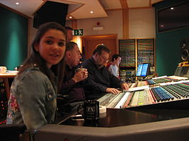 Andrea Ross-ALW-Nigel Wright-studio.jpg