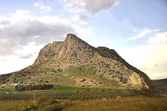 Peña de los Enamorados - Peña de los Enamorados seen from the railway line between Seville and Granada