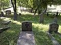 Antkapiai Telšių žydų kapinėse 2.jpg